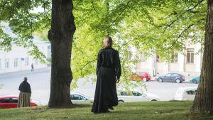 Eila Halonen och Soile Voima i Jäljet-föreställningen på Biskopsgatan i Åbo.