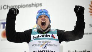 Iivo Niskanen på prispallen, VM 2017.