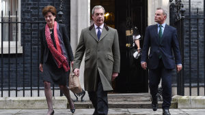 Ukip-medlemmarna Nigel Farage, Diane James och Peter Whittle 15.4.2016