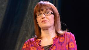 Kirjailija Katri Lipson
