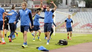 Finland är på plats i Bukarest för landslagets näst sista match i EM-kvalgruppen.