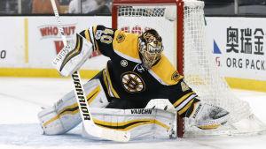 Tuukka Rask är målvakt för Boston Bruins i NHL.