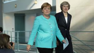 Storbritanniens premiärminister Theresa May på besök hos förbundskansler Angela Merkel i Berlin.