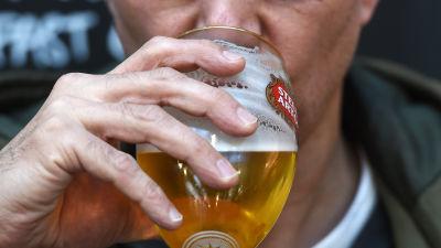 huvudvärk av öl
