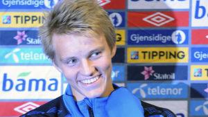 Martin Ödegaard inför sin första EM-kvalmatch för Norge.