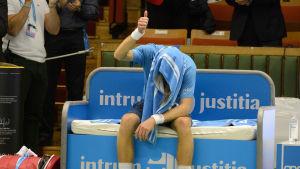 Jarkko Nieminen efter sin sista proffsmatch i Stockholm Open 2015.