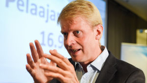 Jukka Rautakorpi är chefstränare för unglejonen.