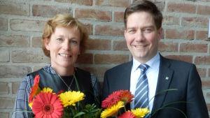 Thomas Blomqvist, Christina Gestrin, ny och avgående ordförande iSvenska Finlands Folkting
