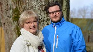 Ulrica Isaksson och Robert Lindberg i Fredagssnack.