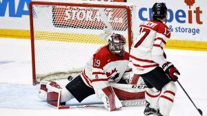 Kanada släpper in mål i U20-VM i Helsingfors.