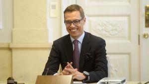 Alexander Stubb vid miniregeringsförhandlingarna den 18 juni 2014.