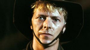 David Bowie elokuvassa Merry Christmas, Mr Lawrence