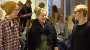 Richard Lithén, Matilda Hinttu och Willy Varhama är abiturienter vid Korsholms gymnasium.