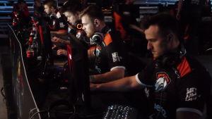 Virtus.Pro -joukkue DreamHack Winter 2014 -tapahtumassa