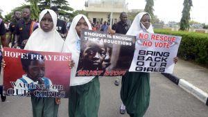 En protest mot kidnappningen av över 200 skolflickor hölls i Lagos i Nigeria den 5 maj 2014.