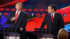 Donald Trump och Ted Cruz under presidentdebatt i Las Vegas.