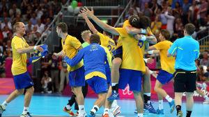Svenskt jubel i OS-semifinalen 2012.
