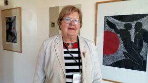 Inger Östergård i Hangö under Folktinget session där. Hon representerar Socialdemokraterna i Helsingfors