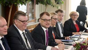 Statsminister Juha Sipilä, utrikesminister Timo Soini på Villa Bjälbo 24.4.2017.