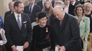 Kronprins Haakon, drottning Sonja, kung Harald och prinsessan Märtha Louise under en gudstjänst den 17 januari 2016.