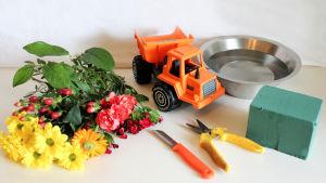 Pikku Kakkonen: Kuorma-autokukka