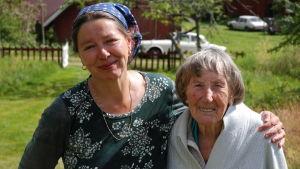 Susanne Ringell och Älva Larsson.