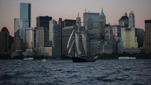 Manhattan Hudson joelta