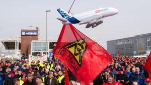Strejk vid Airbus anläggning i Hamburg.