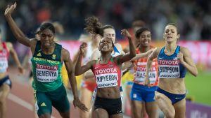 Faith Kipyegon vinner 1500 meter, VM 2017.