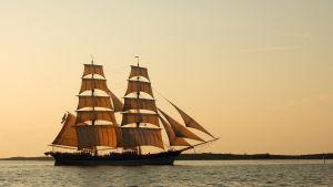 Ett segelfartyg