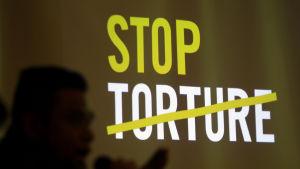 Amnesty international för kampanj mot tortyr.