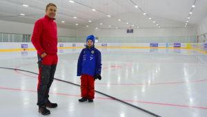 Mika Hemming med sonen Selmer.