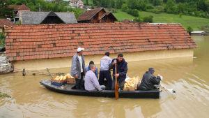 Översvämningar har drabbat Serbien