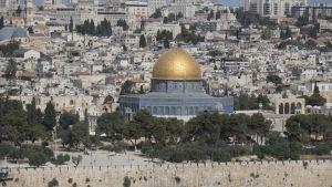 Al-Aqsamoskén mitt uppe på Tempelberget i Jerusalem 14.7.2017