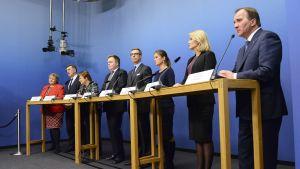 Statsministrarna från de nordiska och baltiska länderna höll en presskonferens inför Nordiska rådets session i Stockholm.