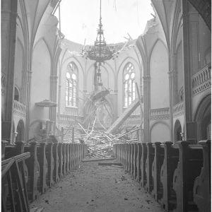 5.2.1940 Pommituksen tuhoja Viipurin Tuomiokirkossa