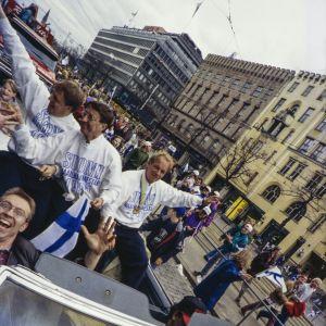 Hannu Aravirta, Curt Lindström och Heikki Riihiranta, VM-guldfesten 1995.