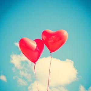 Sydänilmapalloja