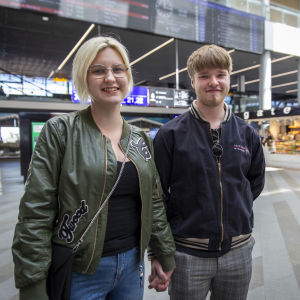 18-vuotias Ella Hänninen ja 20-vuotias Santeri Piha