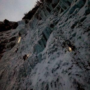 Bilden är tagen 13.58 den 31.12. Den tiden på året går solen inte upp i Tamokdalen
