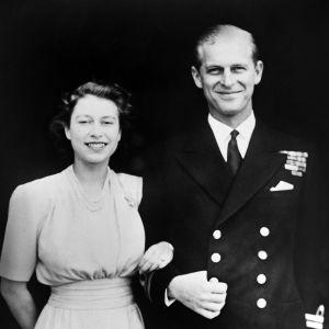 Prins Philip och prinsessan Elizabeth på förlovningsdagen 11.7.1947