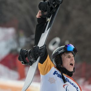 Matti Suur-Hamari firar guldet i Paralympics 2018.