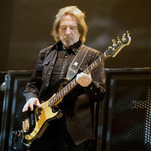Geezer Butler Black Sabbathin viimeisessä konsertissa