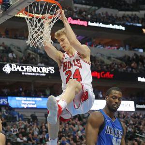 Basketspelare Markkanen