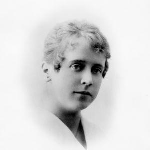 Ellen Engblom, sannolikt som nygift i början av 1920-talet.