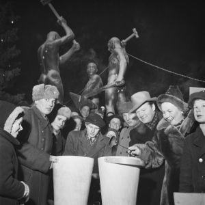 Uudenvuoden tinan valantaa Helsingissä (1950-luku)