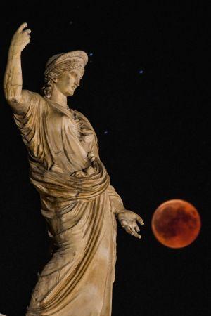 Hera och Luna