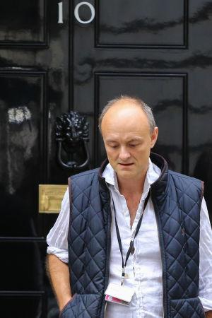 Boris Johnsons rådgivare Dominic Cummings på väg ut från 10, Downing Street 4.9.2019