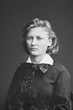 Författaren Gerda von Mickwitz, fotograferad i Helsingfors 19.11.1878.