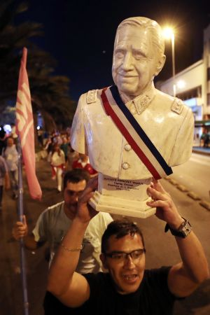 Ex-diktatorn Augusto Pinochets anhängare jublar över Piñeras valseger